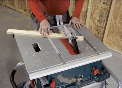 Bosch 4100 09 10 inch portable table saw review fundamentals of is shown on the blade bevel scale also located behind the wheel it can be set between 0 and 45 degrees and secured by the blade bevel locking handle greentooth Choice Image